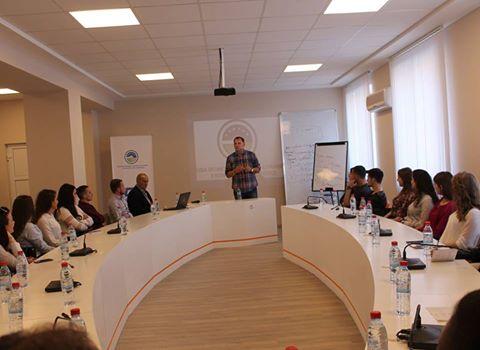 Studentët e Fakultetit Ekonomik vizituan Odën Ekonomike të Kosovës
