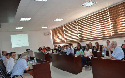 """Universiteti """"Isa Boletini"""", Pjesë E Projektit Për Rritjen E Cilësisë Së Qumështit"""