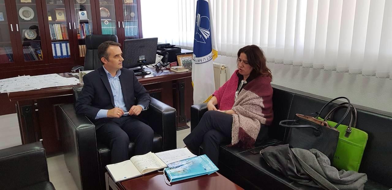 """U mbajt sesioni informues për mundësitë e bashkëpunimit në kuadër të """"Erasmus+"""""""