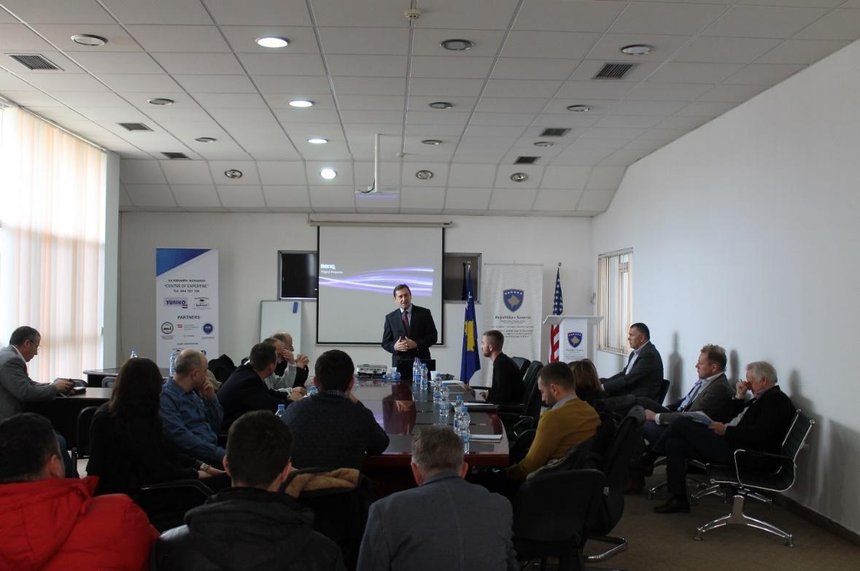 """U mbajt seminari i parë mbi """"Sigurinë e Ushqimit dhe Mjedisin"""" në sektorin e qumështit"""