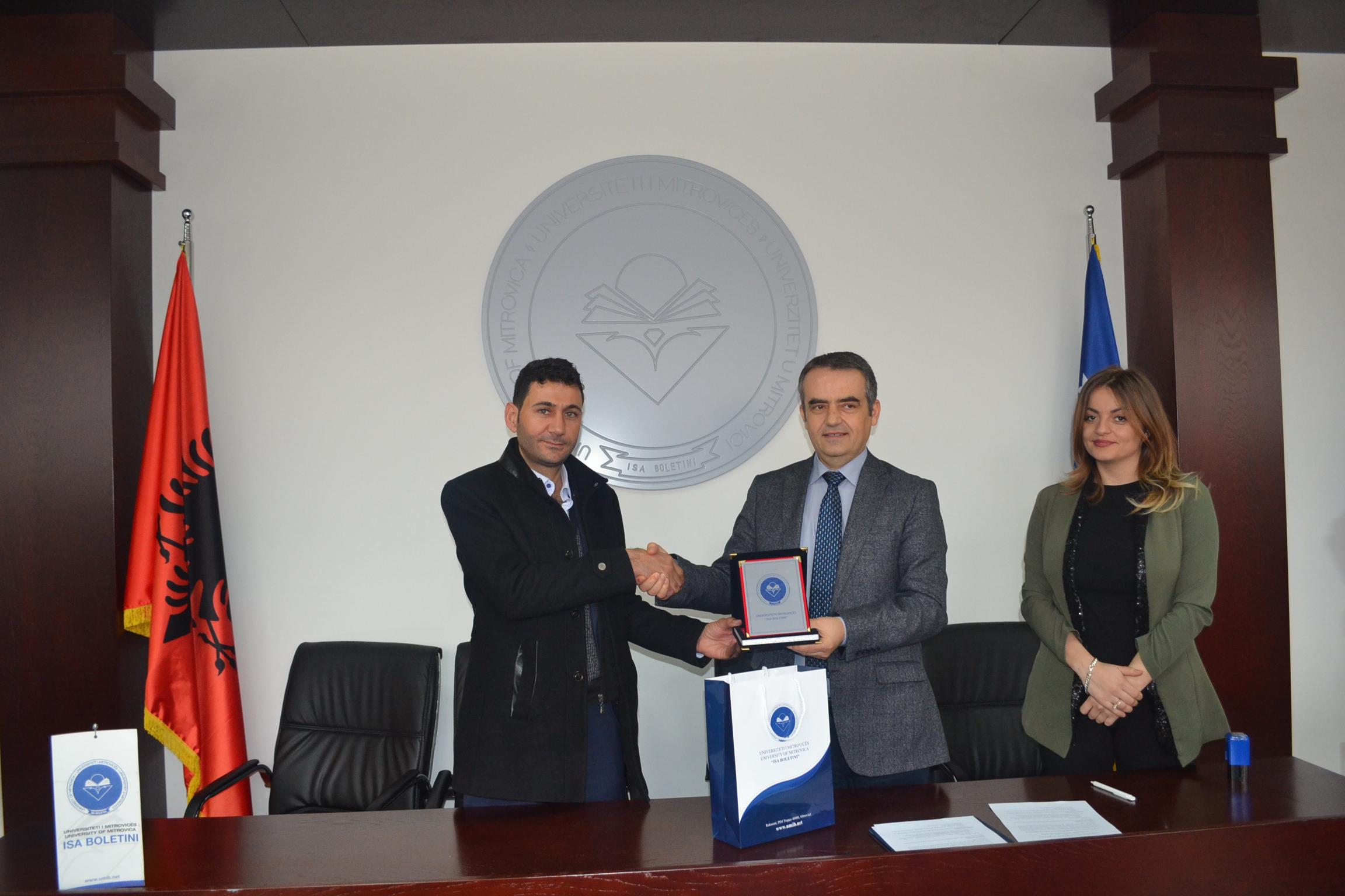Mundësi për punë praktike që paguhet si punë sezonale në Turqi, për studentët e UMIB-it