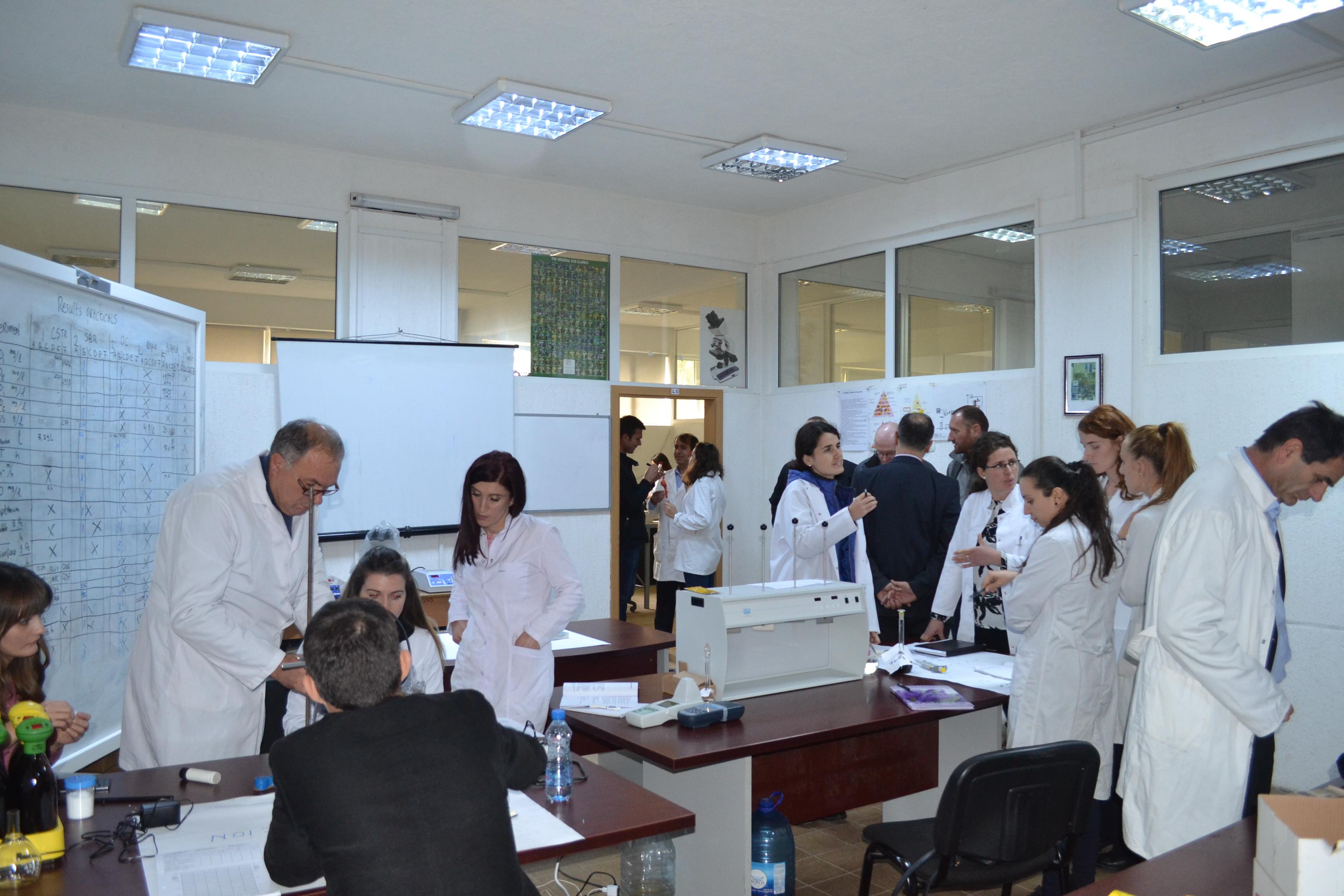 Punëtori Në FTU (tetor 2016)