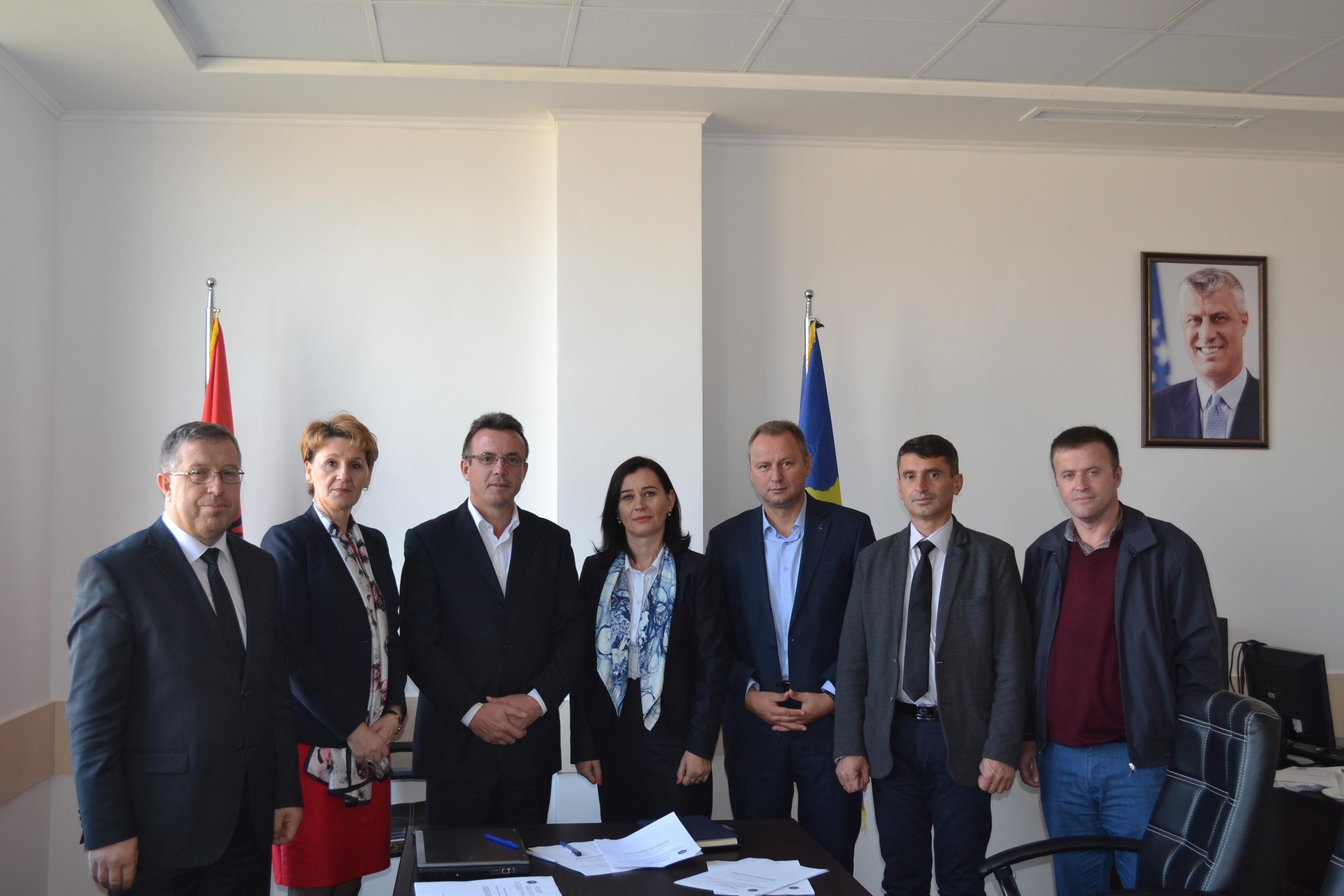Shkollat e Mitrovicës, Skenderajt dhe Vushtrrisë mirëpresin studentët e Edukimit për punën praktike
