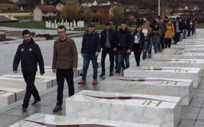 Drejtuesit E Parlamentit Studentor Vizituan Prekazin Dhe Boletinin