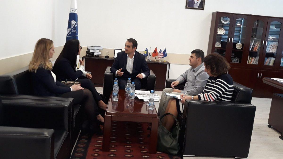 Një delegacion nga Zyra Erasmus+ në Kosovë vizitoi UMIB-in