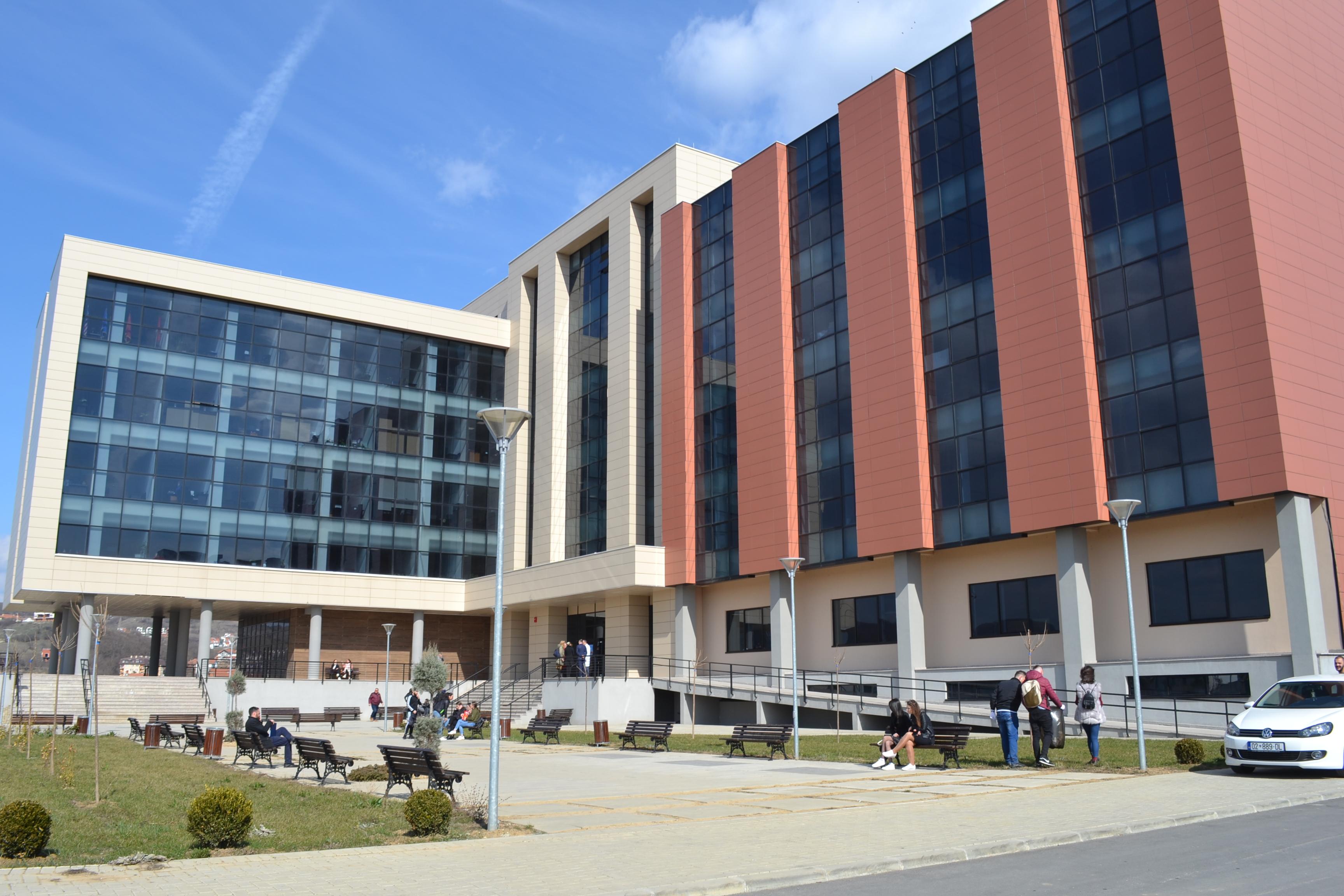 Memorandum Bashkëpunimi ndërmjet Fakultetit të Edukimit dhe Ambasadës Amerikane