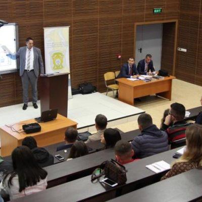 Inspektorati Policor Mbajti Ligjëratë Në Fakultetin Juridik