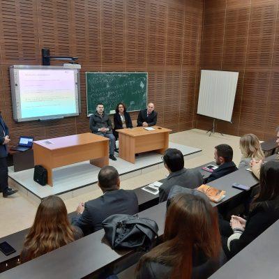 Studentët E Ekonomikut Tregojnë Performancë Të Lartë Gjatës Punës Praktike