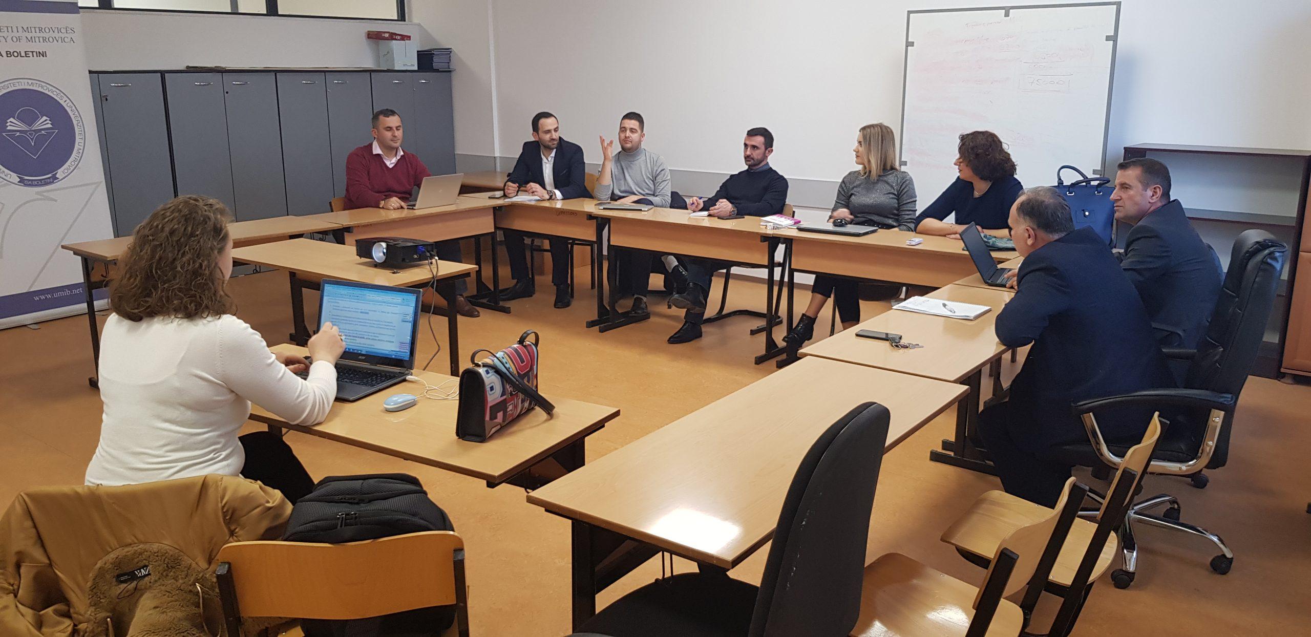 Fakulteti Ekonomik mbajti takimin e radhës drejt finalizimit të Raportit të Vetëvlerësimit (RVV-së)