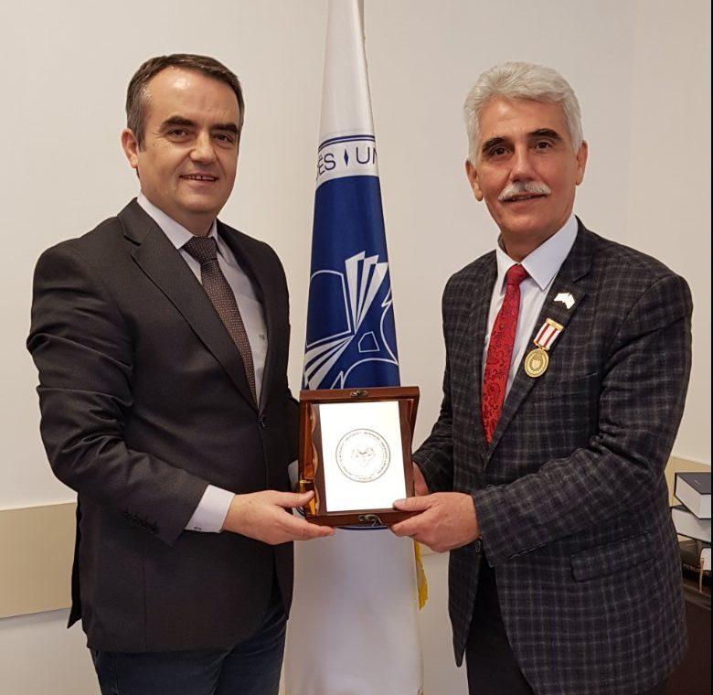 Koordinatori i Qendrës Kulturore të Kosovës në Bursë, vizitoi UMIB-in