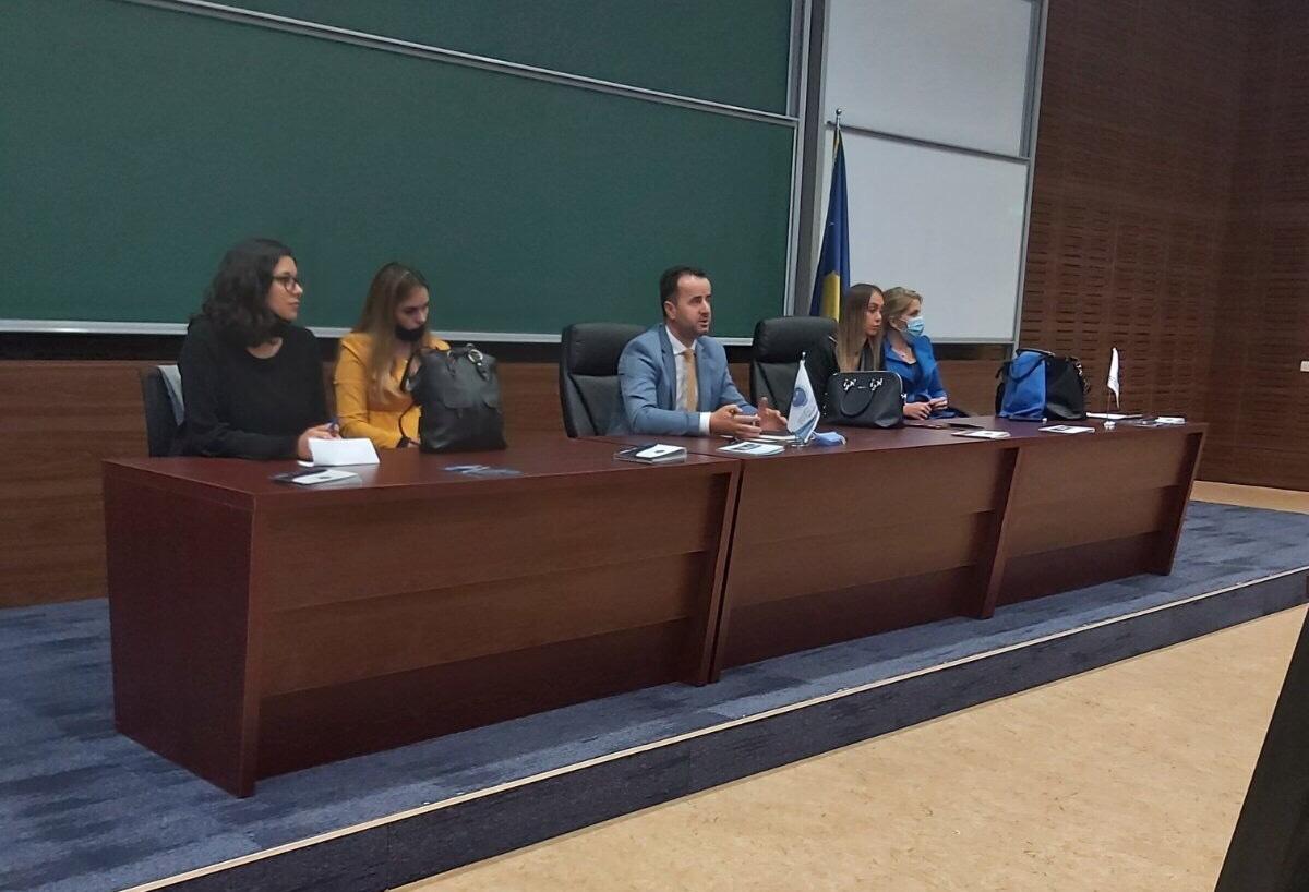 Fjalimi i Dekanit te Fakultetit te Edukimit per mireseardhje studenteve te rinj