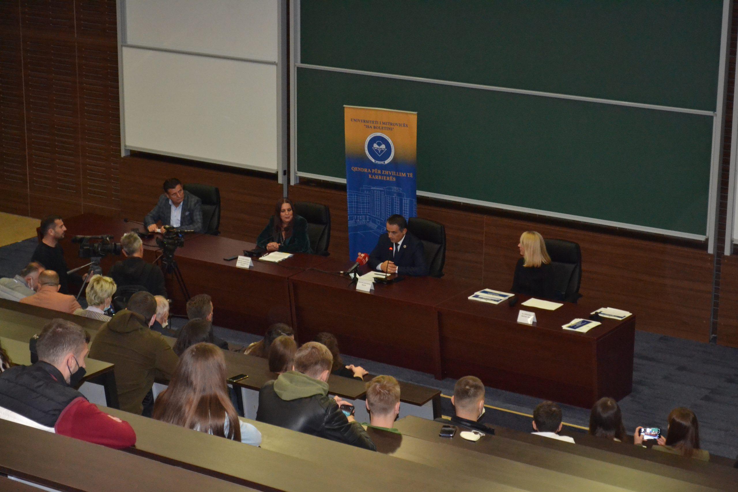 Ministrja Dumoshi, mori pjesë në ceremoninë e ndarjes së certifikatave për pjesëmarrësit e trajnimit profesional